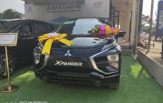 Bán xe Mitsubishi Xpander nhập khẩu, màu đen3