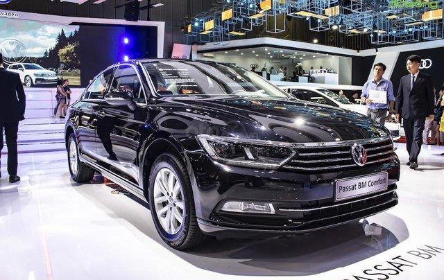 Bán Volkswagen Passat Comfort, màu đen, nhập khẩu nguyên chiếc, khuyến mãi hấp dẫn1