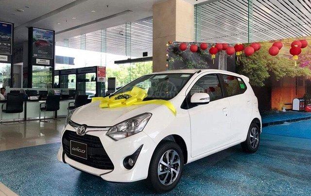 Mua xe Toyota Wigo 2019 trả góp lãi suất 0% với 4,3 triệu/tháng. Đăng ký Grab/Be miễn phí1