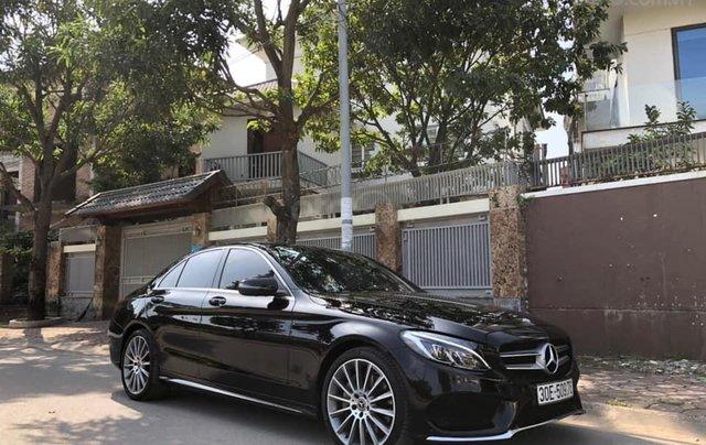Cần bán Mercedes sản xuất năm 2017 C300 AMG0
