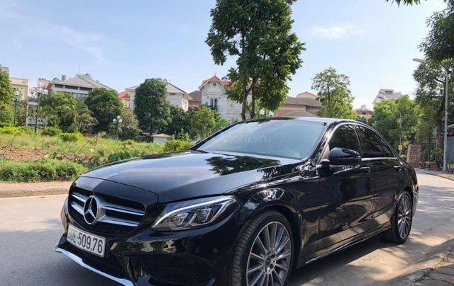 Cần bán Mercedes sản xuất năm 2017 C300 AMG2