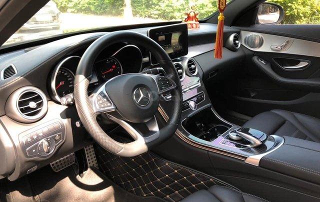 Cần bán Mercedes sản xuất năm 2017 C300 AMG4