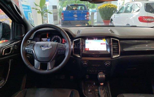 Giảm giá tiền mặt + Gói phụ kiện + Lãi suất 0%, Ford Ranger XLS năm sản xuất 2019, màu đen5