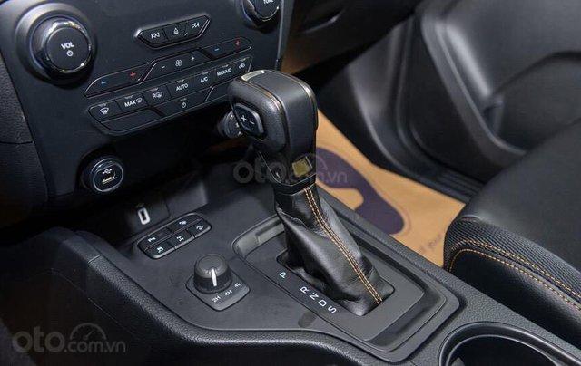 Giảm giá tiền mặt + Gói phụ kiện + Lãi suất 0%, Ford Ranger XLS năm sản xuất 2019, màu đen7