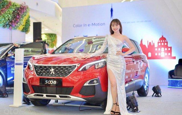 """Peugeot 3008 all new đủ màu """" Đặc biệt có màu đỏ và xanh mới"""" giao xe ngay, hỗ trợ ngân hàng, tư vấn lái thử tận nhà0"""