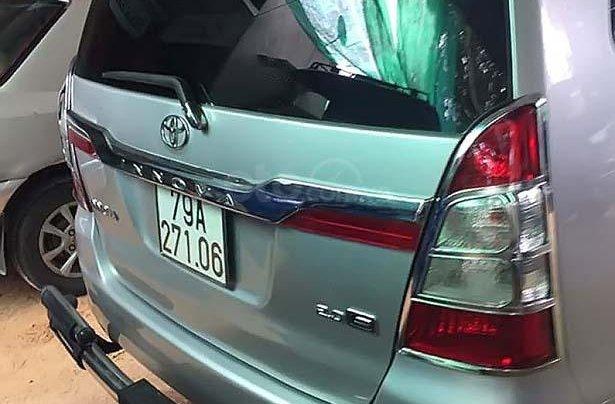 Bán Toyota Innova 2.0 MT sản xuất năm 2013, màu bạc còn mới1