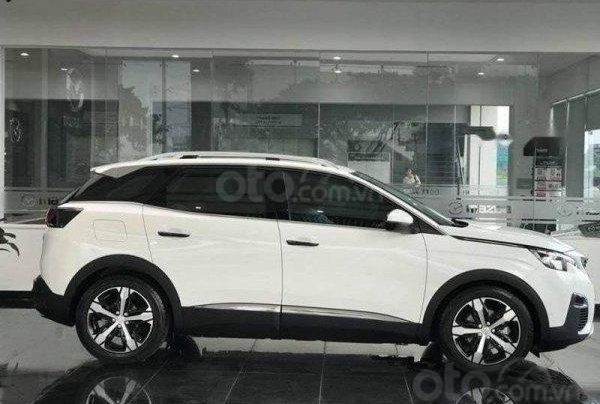 Bán ô tô Peugeot 3008 All New sản xuất năm 2018, màu trắng2