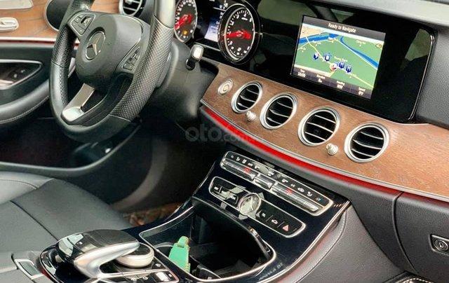 Mercedes-Benz E200 sx 2017, trắng/đen siêu hot, LH: 03877077773