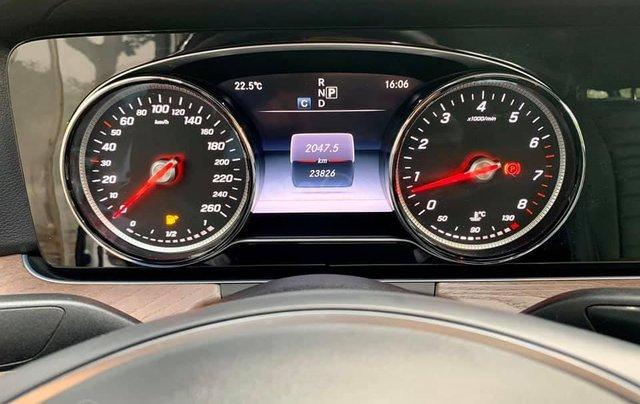 Mercedes-Benz E200 sx 2017, trắng/đen siêu hot, LH: 03877077776