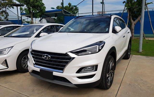 Cần bán nhanh chiếc xe Hyundai Tucson 2.0 sản xuất 2019 - Có sẵn xe - Giao nhanh toàn quốc4