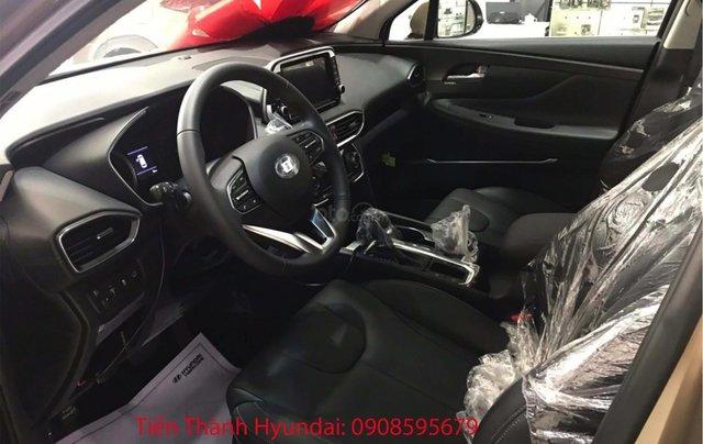 Hyundai Santa Fe giá tốt nhất thị trường cùng gói phụ kiện lên đến 20tr3