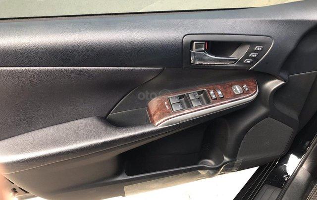Bán Toyota Camry 2.5Q sx 2017, màu đen xe gia đình giá tốt 958 triệu đồng call 09277155555