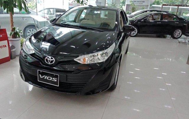 Chi 130 triệu, cầm lái luôn chiếc Toyota Vios 1.5E đời 2019, màu đen, số sàn