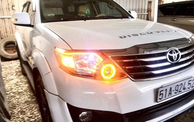Cần bán Toyota Fortuner 2014, màu trắng, xe nhập, giá 668tr, liên hệ 09277155554