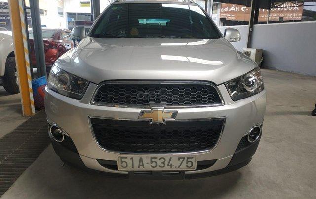 Bán Chevrolet Captiva LT 2.4 màu bạc, số sàn, sản xuất 2013, biển Sài Gòn, đi 49.000km mẫu mới0