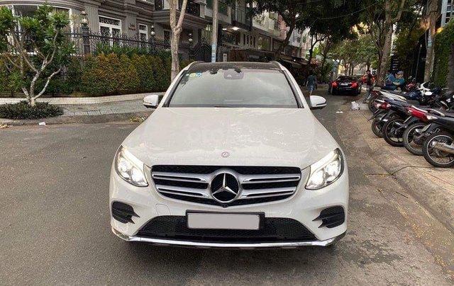 Bán GLC300 sx 2018, trắng, xe đẹp bao kiểm tra hãng0