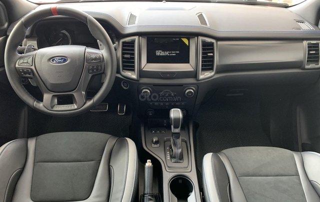 Bán nhanh chiếc xe Ford Ranger Raptor  đời 2019, màu bạc, máy dầu, số tự động3