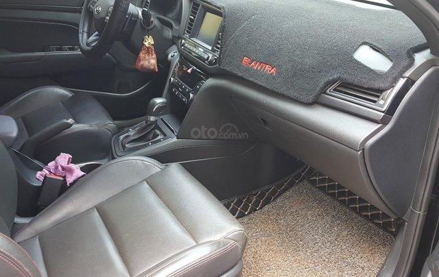 Bán Hyundai Elantra Turbo 1.6AT màu đen VIP số tự động, sản xuất 201,8 đi 32000km9
