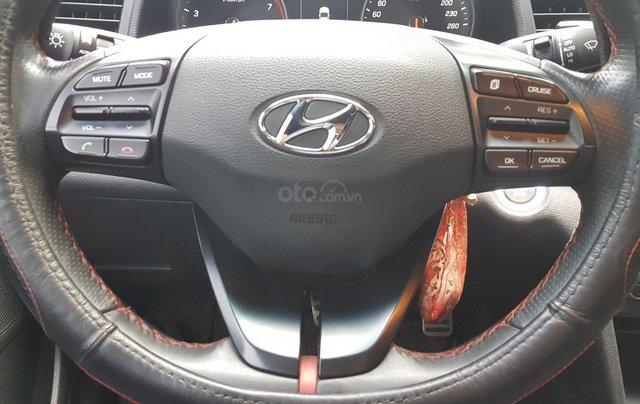 Bán Hyundai Elantra Turbo 1.6AT màu đen VIP số tự động, sản xuất 201,8 đi 32000km11
