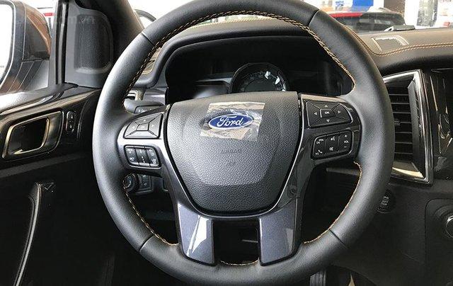 Cần bán Ford Ranger 2.2L XLT năm sản xuất 2019, màu trắng, xe nhập7