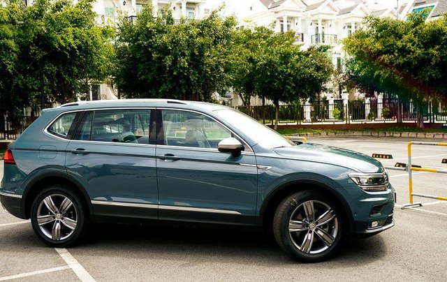 Xe Volkswagen Tiguan Luxury (2019) new 100%, nhập khẩu 100% - liên Hệ 03962687864