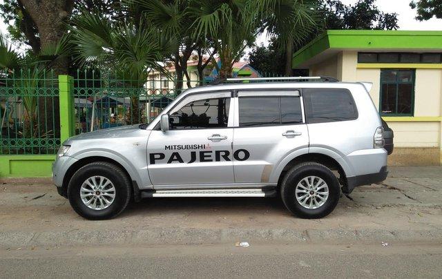 Cần bán Mitsubishi Pajero 2008, màu bạc, xe nhập8