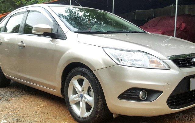 Cần bán xe Ford Focus sản xuất 2011, màu bạc, giá chỉ 365 triệu1