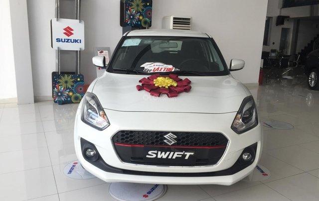 Bán - Suzuki Swift + phụ kiện - Xe nhập khẩu - Có sẵn - Đủ màu - Giao xe toàn quốc - LH 03566021020