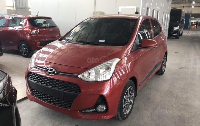 Cần bán Hyundai Grand i10 đời 2020, màu đỏ, xe mới 100%, sx trong nước, hỗ trợ trả góp tới 80%2