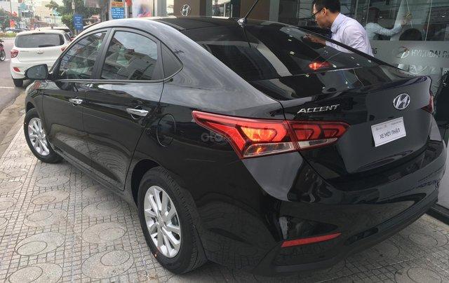 Bán xe Hyundai Accent MT đời mới 100%, màu đen1