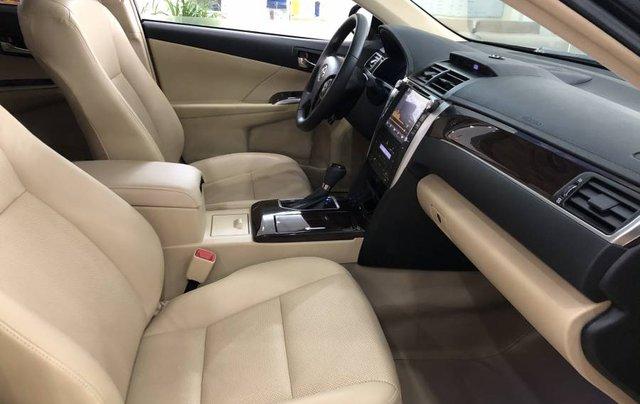Bán ô tô Toyota Camry đời 2018, màu đen như mới8