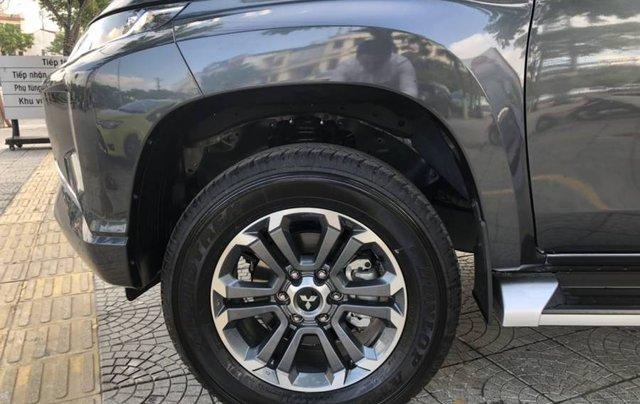 Cần bán xe Mitsubishi Triton 4x2 AT năm 2019, màu xám, xe nhập5