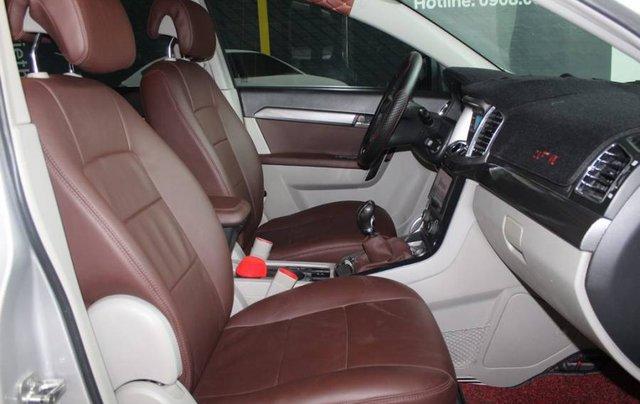 Bán xe Chevrolet Captiva năm 2013, màu bạc, 386tr5