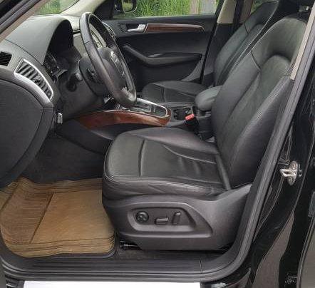 Cần bán gấp Audi Q5 2.0 đời 2012, màu đen, nhập khẩu, 945 triệu7