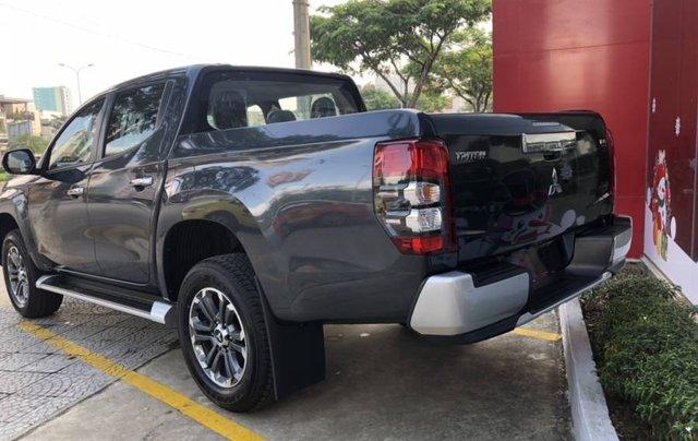 Cần bán xe Mitsubishi Triton 4x2 AT năm 2019, màu xám, xe nhập3