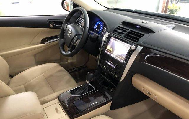 Bán ô tô Toyota Camry đời 2018, màu đen như mới1