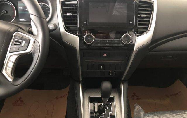Cần bán xe Mitsubishi Triton 4x2 AT năm 2019, màu xám, xe nhập7