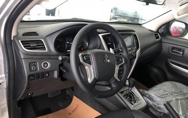 Cần bán xe Mitsubishi Triton 4x2 AT năm 2019, màu xám, xe nhập8
