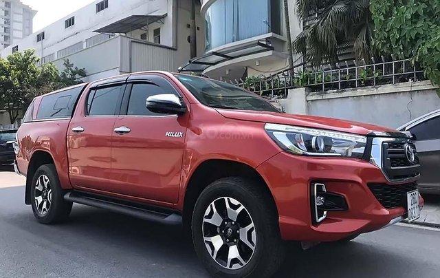 Bán Toyota Hilux năm 2018, màu đỏ, nhập khẩu còn mới0