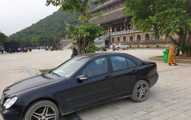 Bán xe Mercedes-Benz C class năm 2003, màu đen xe gia đình giá tốt 223 triệu đồng4
