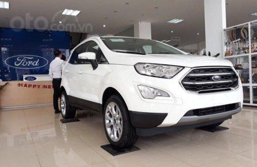 Bán nhanh chiếc xe Ford EcoSport Ambiente 1.5L MT sản xuất 2019, màu trắng - Giá cạnh tranh0