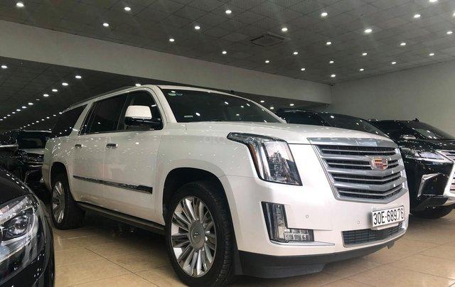 Bán Cadillac Escalade ESV Platinum 2016, màu trắng nội thất nâu0