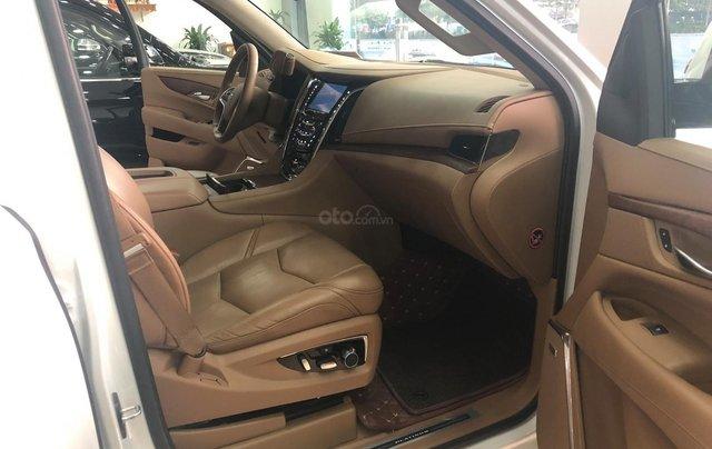 Bán Cadillac Escalade ESV Platinum 2016, màu trắng nội thất nâu8