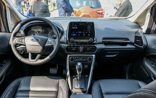 Ford Ecosport giảm giá sâu cuối năm, tặng bảo hiểm, film cách nhiệt, camera12