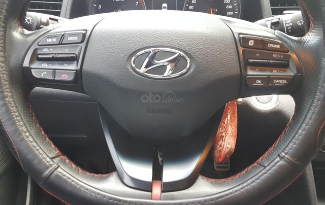 Hãng bán Hyundai Elantra Tubor 1.6AT, màu đen vip, 2018, xe cực đẹp5