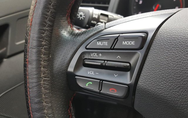 Hãng bán Hyundai Elantra Tubor 1.6AT, màu đen vip, 2018, xe cực đẹp11