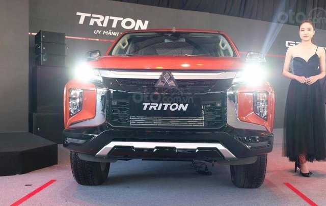 Bán tải Triton 4x4AT MIVEC Premium đời 2020 nhập khẩu giá cực tốt, chỉ có tại Quảng Ninh0