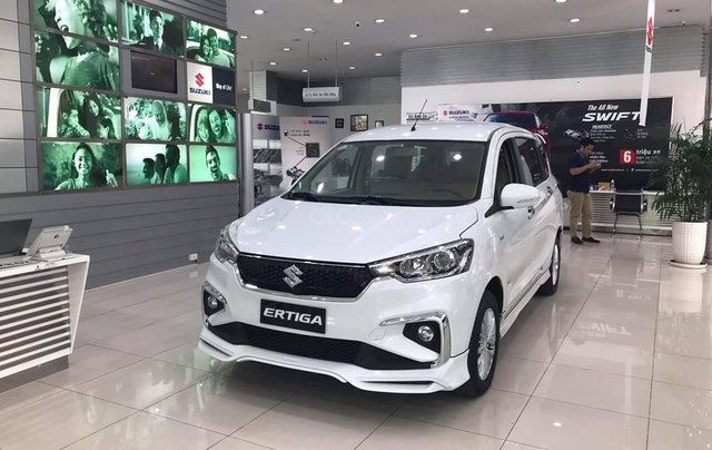Bán nhanh chiếc xe Suzuki Ertiga GLX AT năm sản xuất 2019, màu trắng0
