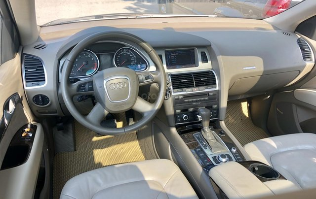 Audi Q7 4.2L sản xuất 200813