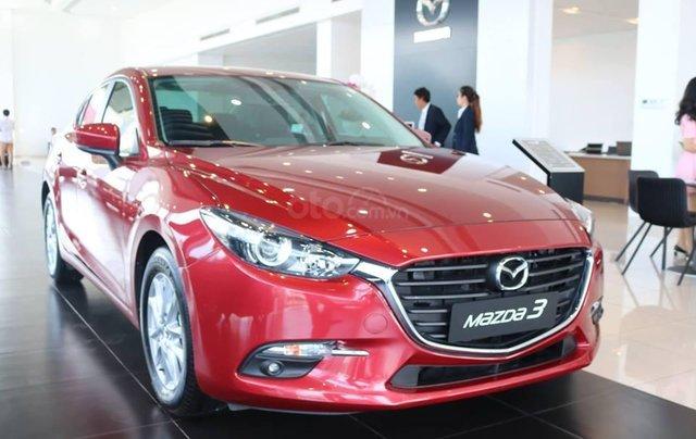 Khuyến mại lớn cuối năm chiếc xe Mazda 3 Facelift 2019, màu đỏ - Giao xe nhanh toàn quốc9